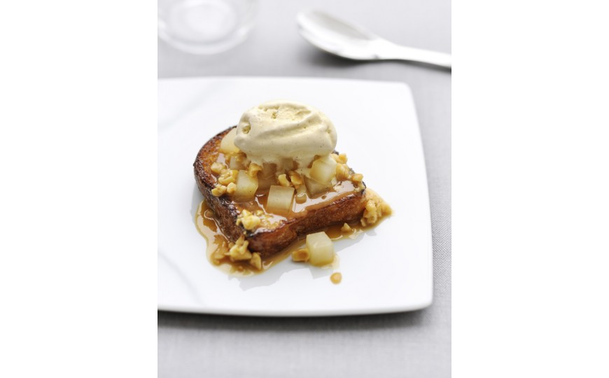 French toast with vanilla pear
