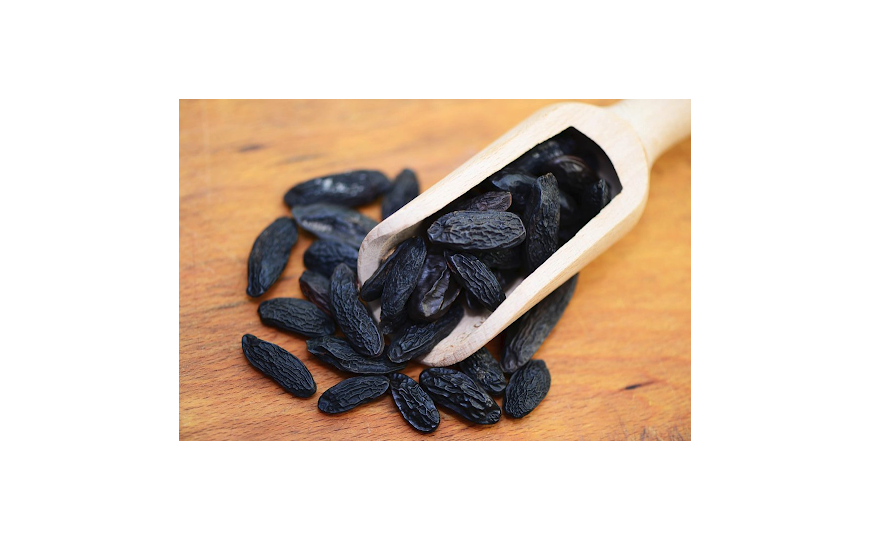 What does Tonka bean taste like ?